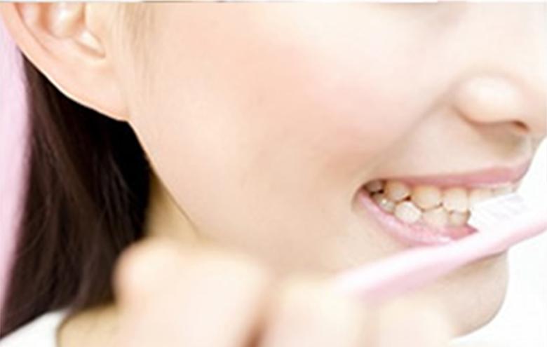 歯周病が体に及ぼす影響は?